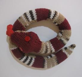 Yarn Market - Free BagSmith Silk Snake Scarf or Sash Knitting Pattern